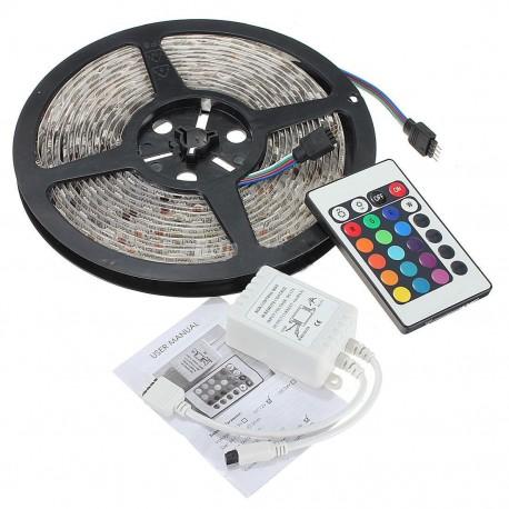Striscia led rgb 300 led ip65 stagno con telecomando for Striscia led rgb